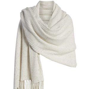 Halogen 100% cashmere wrap scarf